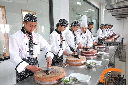 安徽宿州阜阳学厨师要多久才能出师?