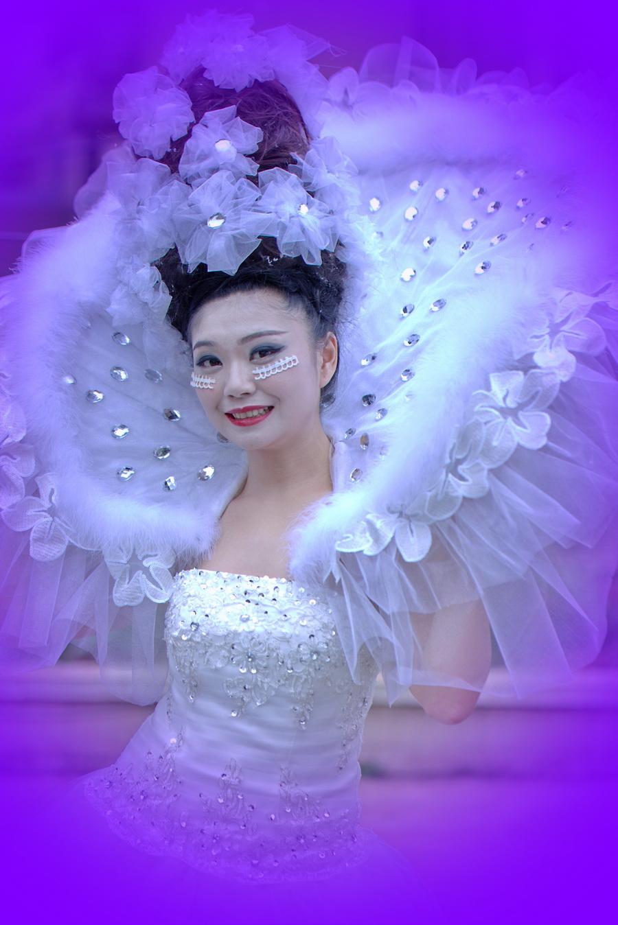 15,编发基础课程   16,基础盘发   17,韩式盘发  18,新娘当日造型整图片