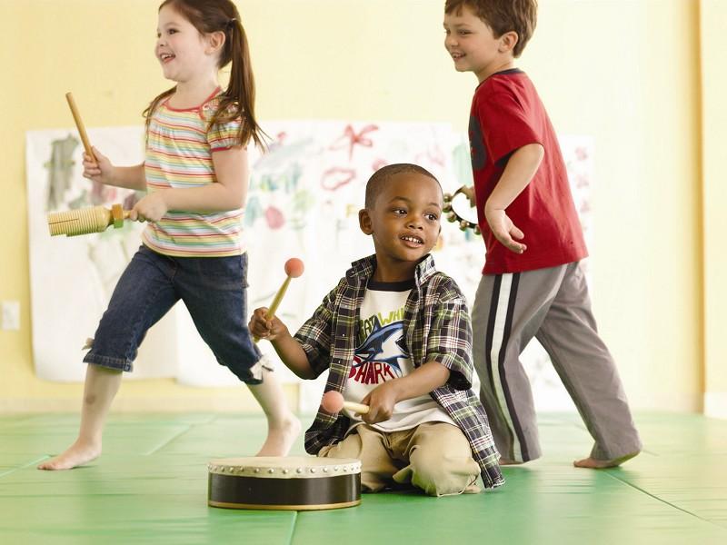 音乐启蒙教育有利于幼儿德育的发展
