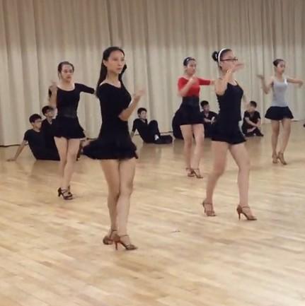 涩尼玛成人视频_拉丁舞蹈表演,青少儿/成人 舞蹈培训,崇文门拉丁舞培训班