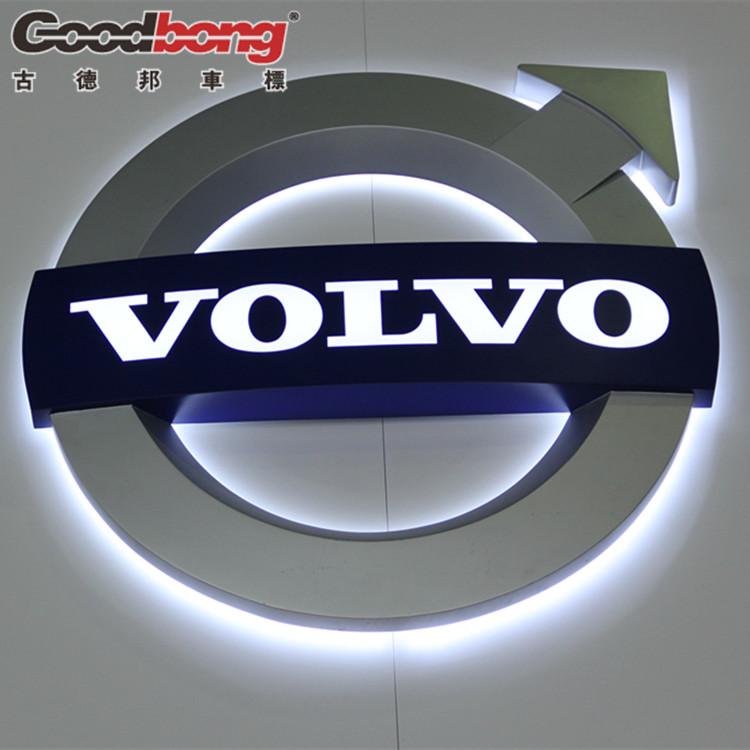 """了全新的volvo标志. 在拉丁语中,""""volvere""""是动词""""roll""""(滚高清图片"""