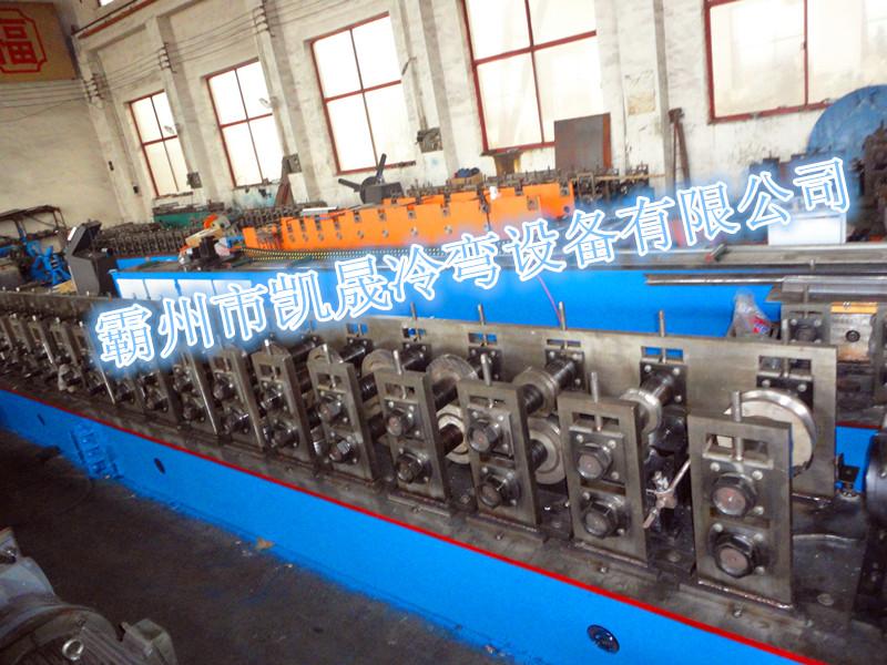 设计各种精密轧辊和各种冷弯压型设备,其产品广泛用于钢结构,车辆行业