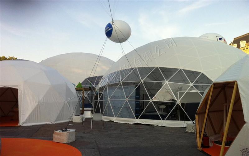 稳固性结构与普通金属支架帐篷相比