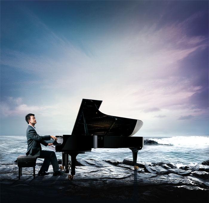 钢琴女孩唯美图片手绘