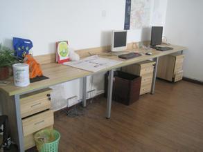 上海办公家具回收口碑要好