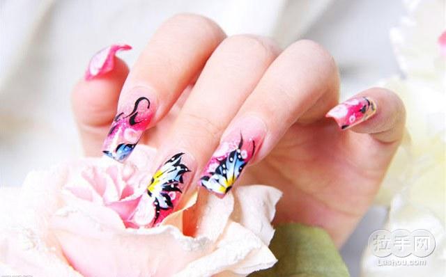 美甲蝴蝶结雕花步骤图片
