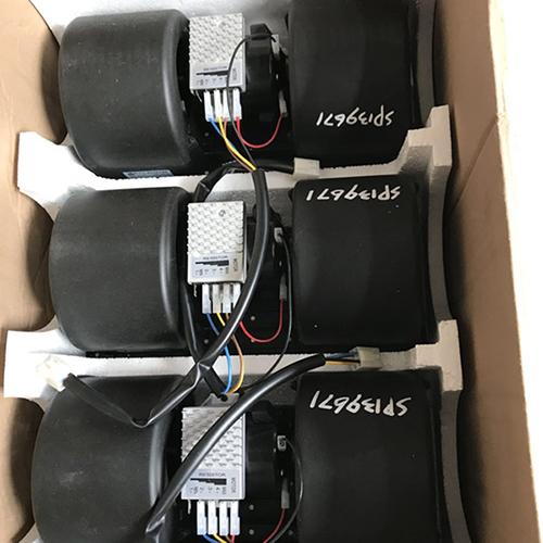 装载机电器系统核心图片