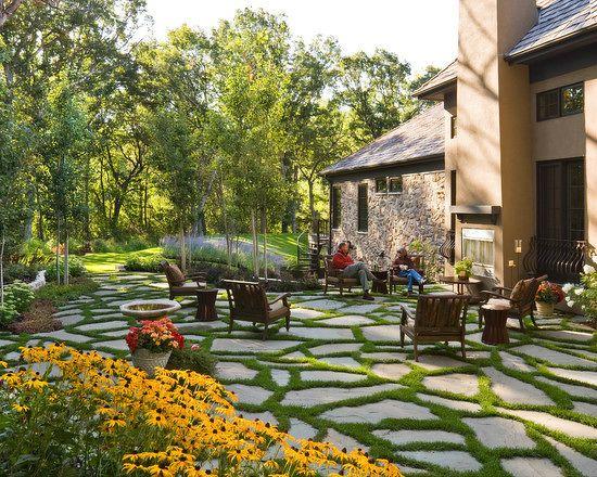 企业资讯    庭院设计是借助园林景观规划设计的各种手法,使得庭院