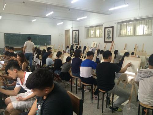 济南去北京自驹�._济南的美术高考培训哪个画室比较好?-济南哪里美术高考培训