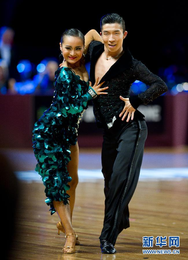 锦城世家成人拉丁舞考级 考级的好处