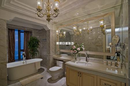 简欧风格卫生间装修设计布局案例-卫生间装修该如何设计布局