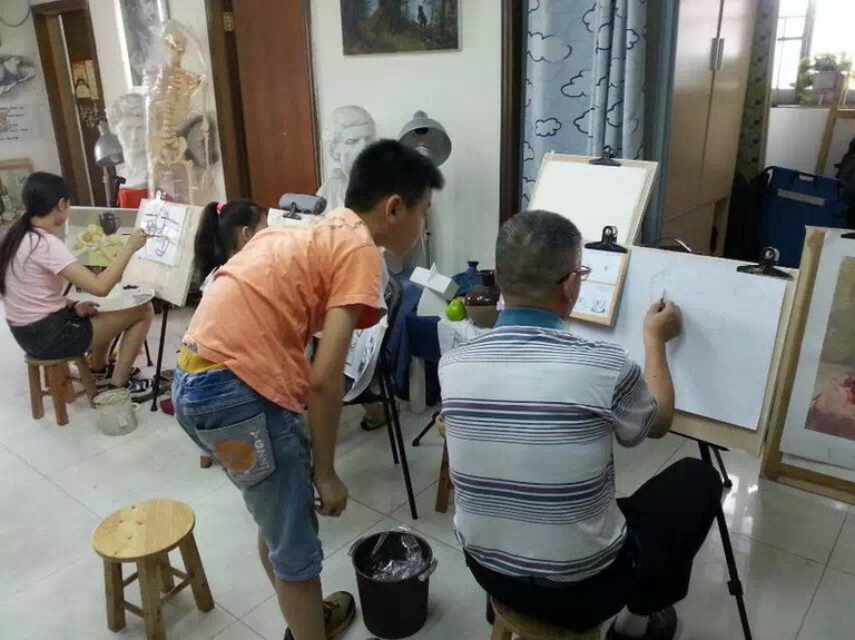 深圳青少年美术培训-青少年学画画哪家最l好?专业正规美术培训班