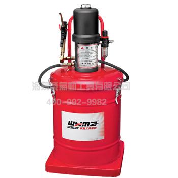 正文  黄油机的工作原理: 高压气动注油器,是由空气泵连接柱塞泵为图片