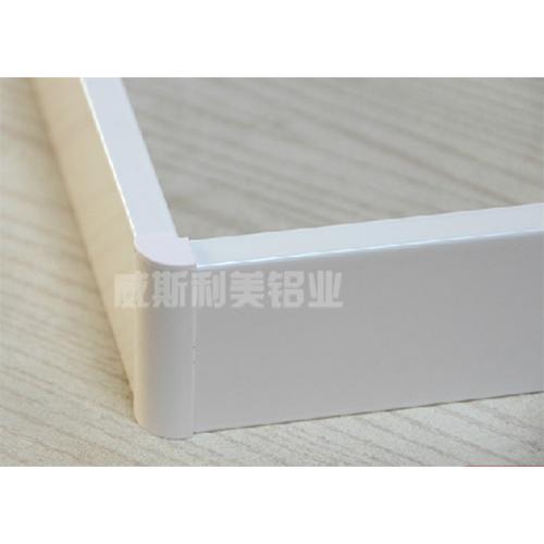 深圳铝合金踢脚线厂家-威斯利美-性价比高-有口皆碑