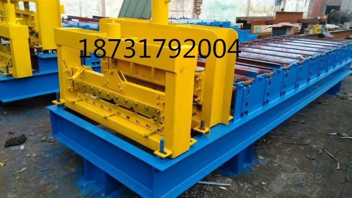 05mm    轧辊轴径:Φ70mm    摆线针轮减速器型号:bwd22-71-2.