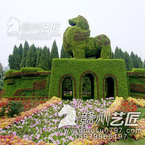 万安有名的雕塑制作供应商,雕刻经验丰富欢迎加入