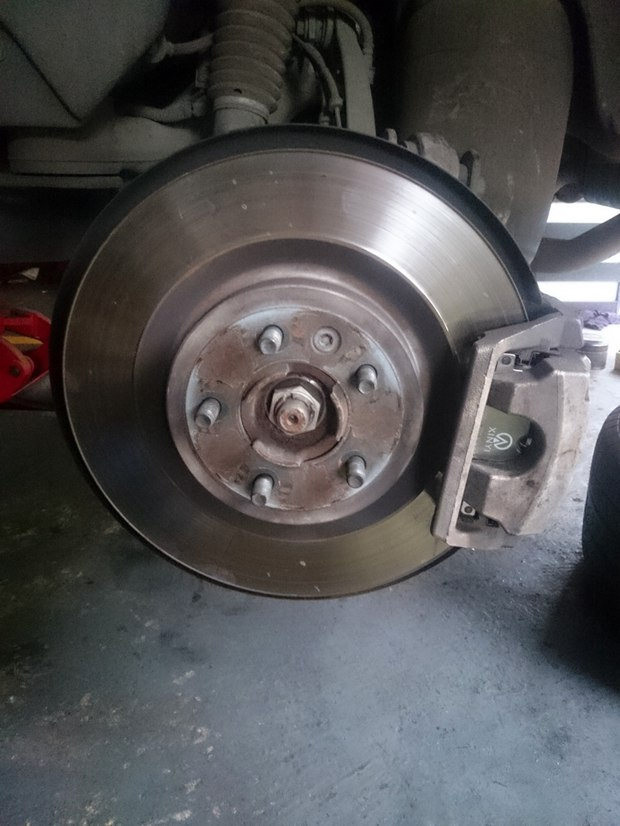 例如捷达车的前刹车片