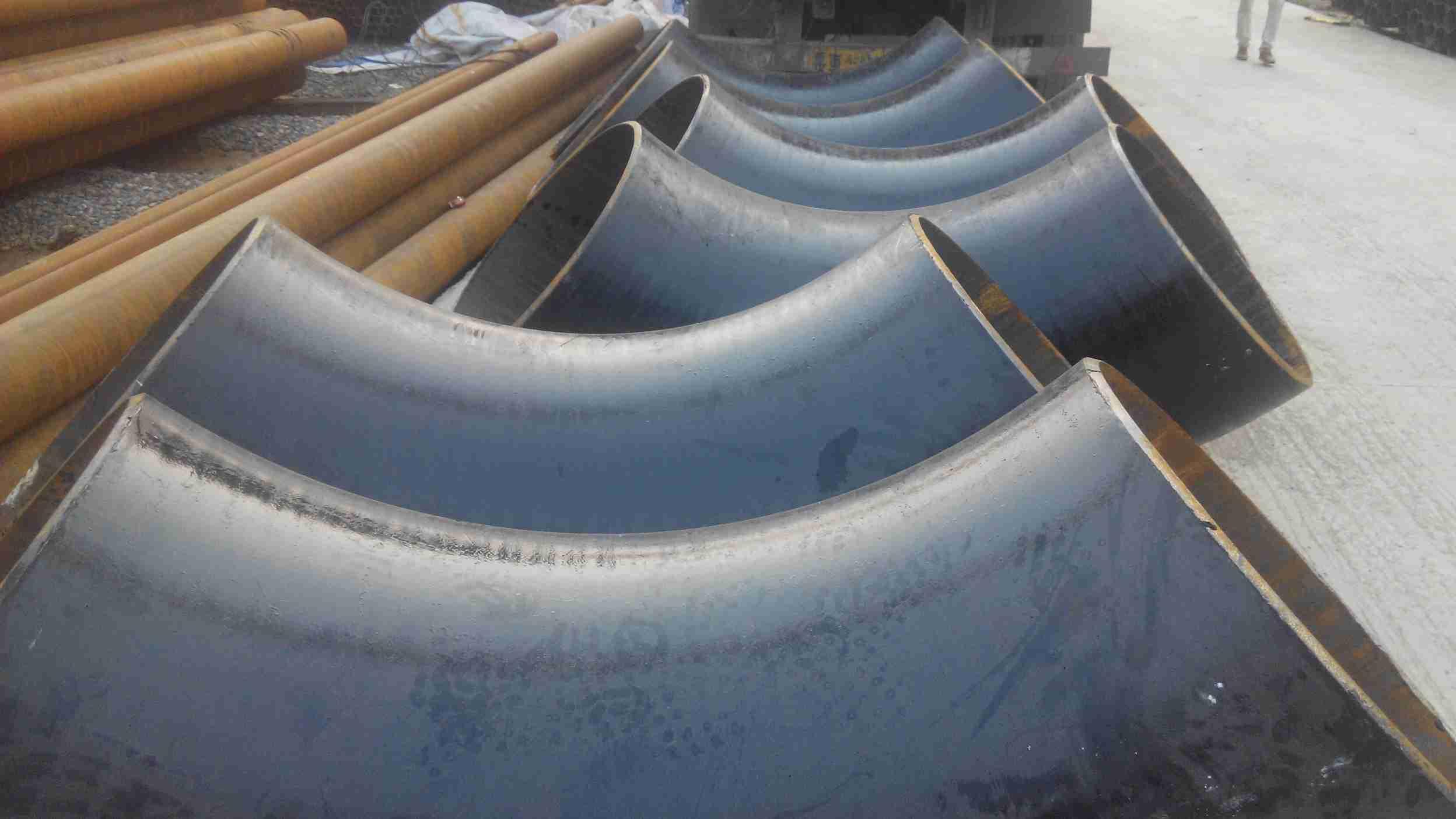 直径1米8的管做90.度弯头的步骤和图