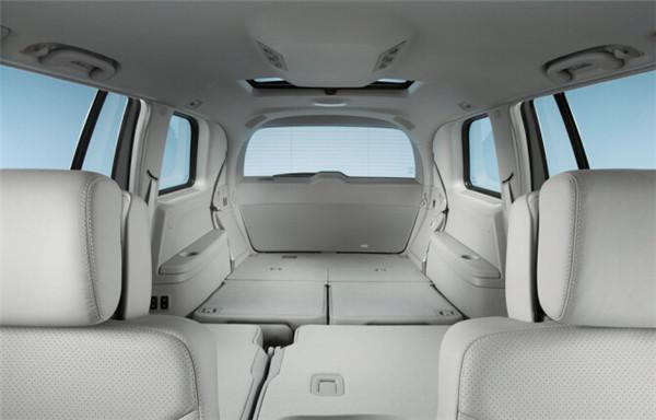 汽车内饰什么材料好 汽车顶棚一般用什么材料 深圳汽车机械设备公司高清图片