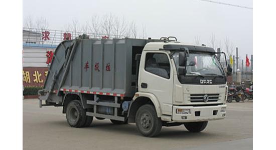 楚胜密封式垃圾车厂家 环卫垃圾车效力于农村环保治理做贡献
