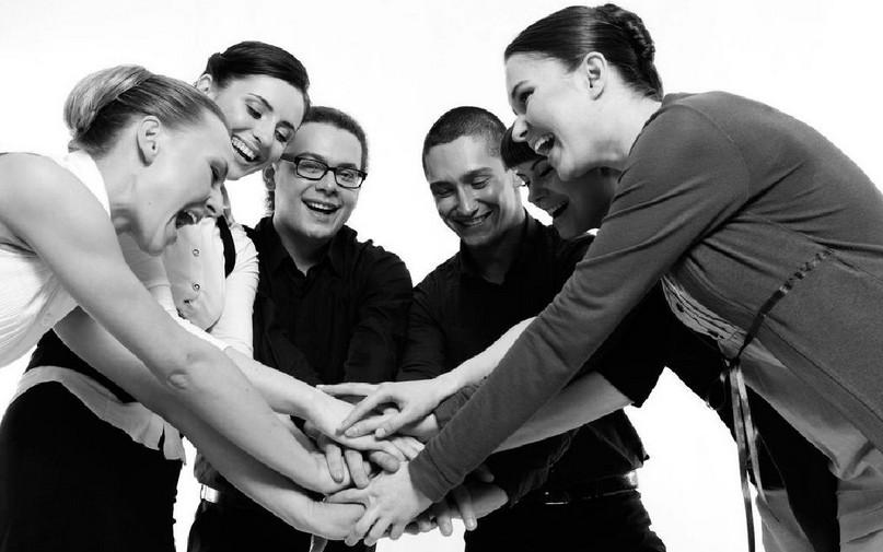营销团队如何通过拓展训练来提升凝聚力