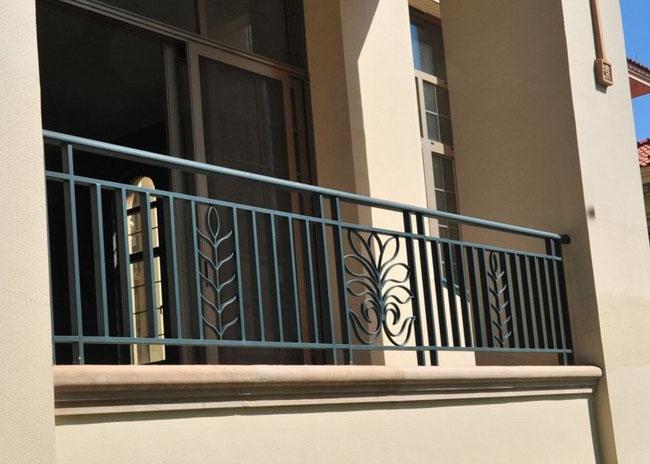 美观与安全兼顾的惠州堂福门窗厂铝合金家居护栏