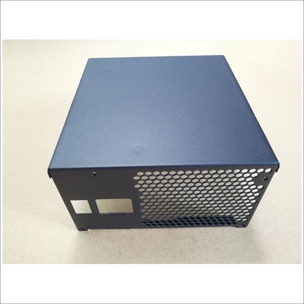深圳铝型材烤漆加工厂新茂拥有专业的施工团队 优质售后服务欢迎加