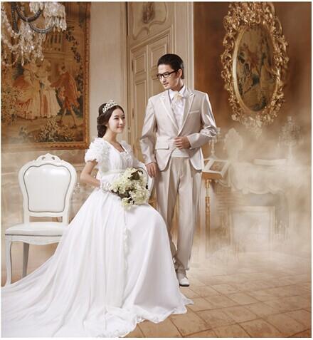 辉县哪家摄影馆能照欧式复古婚纱照?多少钱?