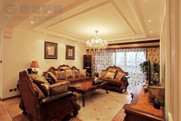 企业商讯  美式房屋装修的时候,壁灯也是常见的摆设.图片