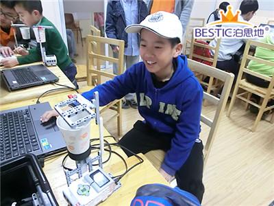 上海乐高机器人培训班哪家专业?