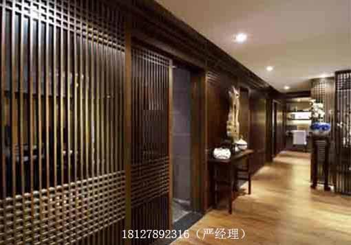 飯廳與客廳木條隔斷效果圖