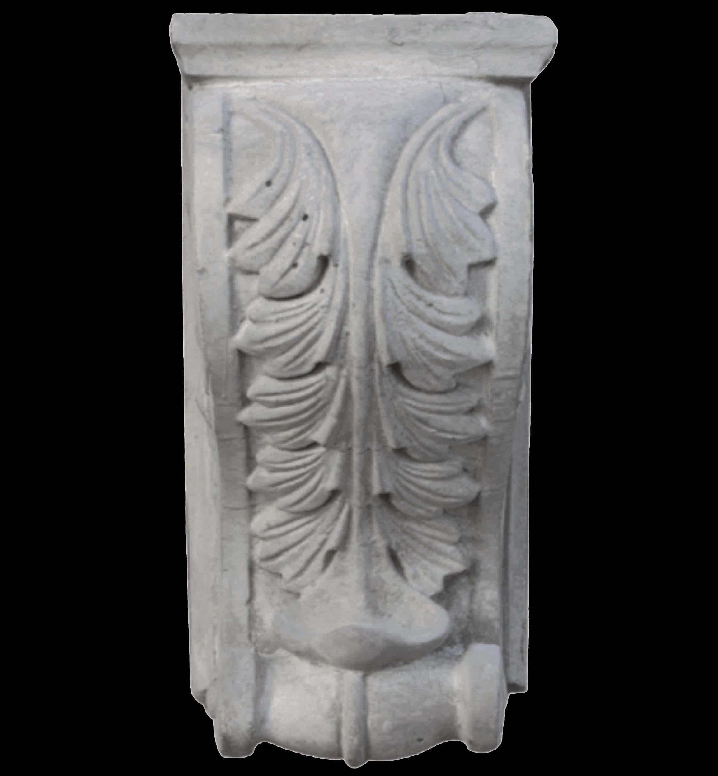 石膏线具有各种花纹样式,大小,厚度等作为选择,而且价格不贵
