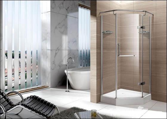 弧形淋浴房的尺寸一般要根据卫生间的尺寸来决定