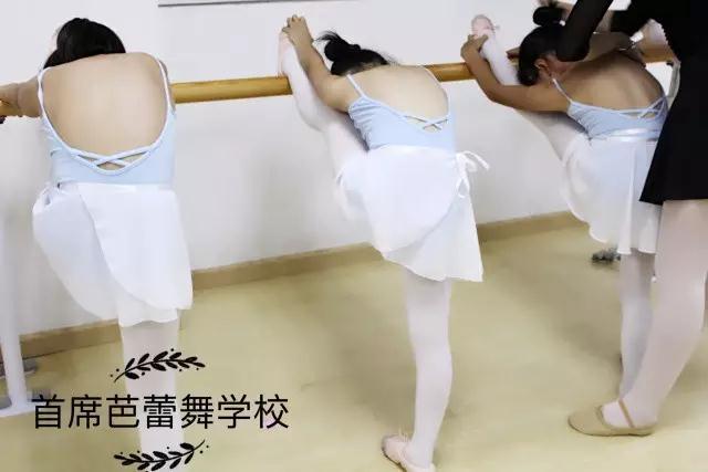 小朋友舞蹈照片2