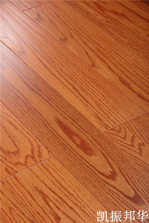 凯振邦华实木复合地板使用贴法