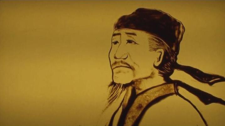 精彩沙画艺术进入教育课堂 2015年7月12日,以沙画形式的古诗教学视频创作出来,开始慢慢进入到北京初中语文教育界。用于更好的传播中国古诗文化,让学生们在学习古诗的其间,更好的领悟诗的寓意,还能欣赏到沙画艺术的神奇之处。引起学生学习古诗的兴趣,古诗没有想像中的那么枯燥,复杂,反而会增加许多的有趣之处。 其中《春望》沙画作品以画面配合优美的背景音乐加上古诗朗诵,画面唯美,意境深远。 春望 国破山河在,城春草木深。 感时花溅泪,恨别鸟惊心。 烽火连三月,家书抵万金。 白头搔更短,浑欲不胜簪。 据了解此沙画视频