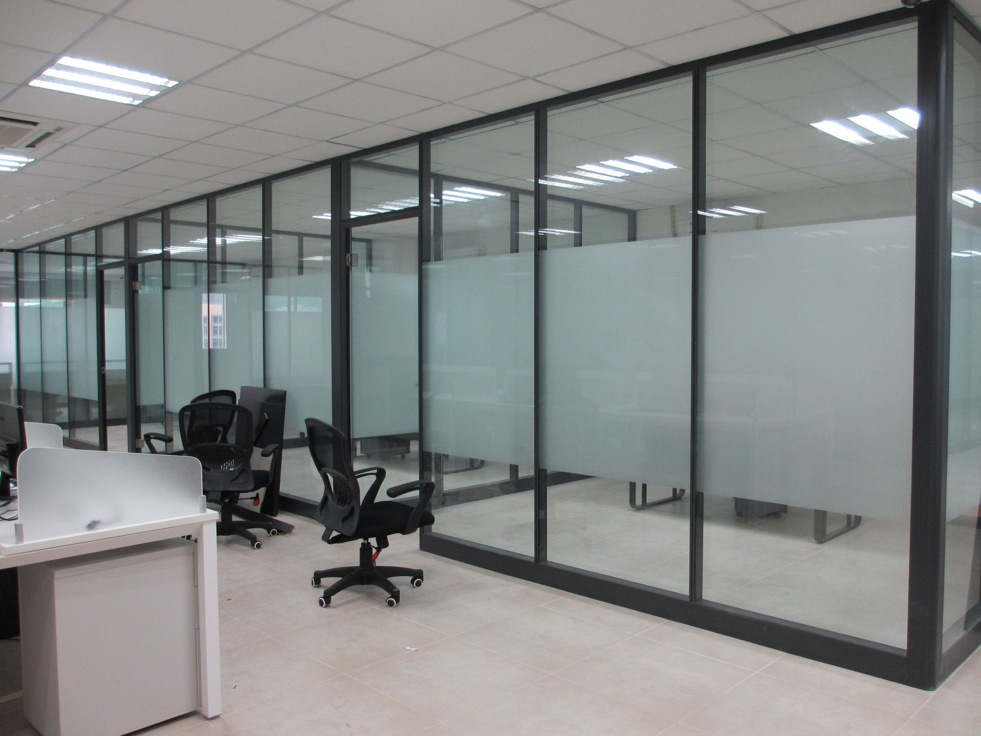 广州市厂家价格安装写字楼办公室隔断隔间隔断墙电话价格