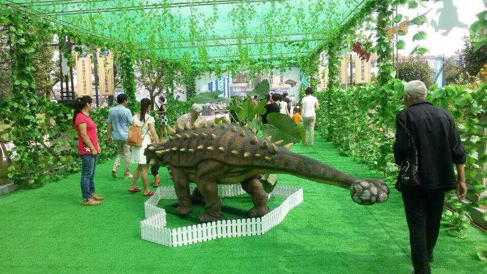 恐龙玩具车图片