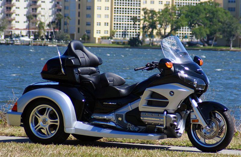 最牛的旅行摩托车大贸本田金翼三轮1800 - 汽