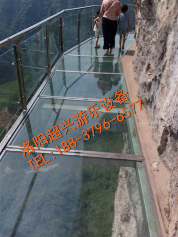 厦门钢结构玻璃栈道施工步骤