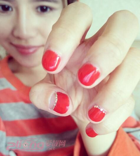 短指甲美甲图案有更可爱的图案吗?有的!