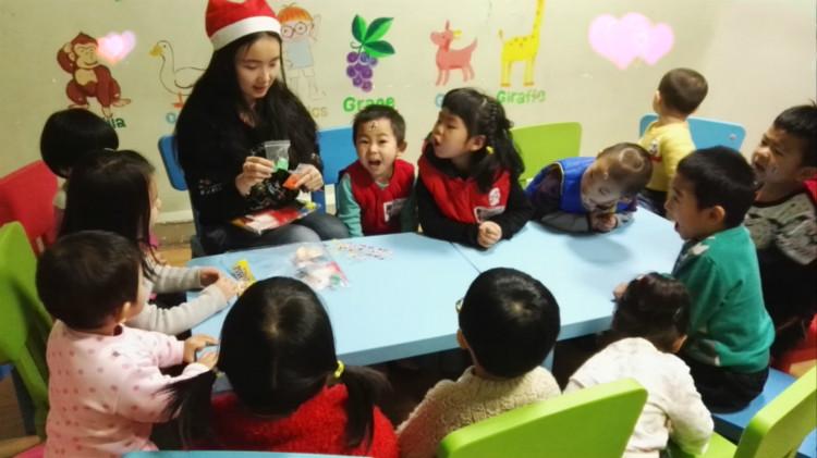 企业商讯   乌鲁木齐美华少儿英语培训结合儿童心理学等多方面,让小