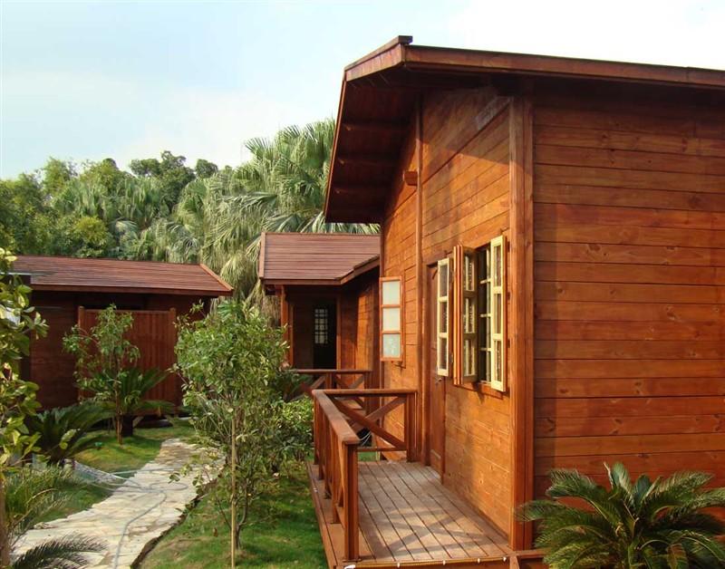 欧式木屋窗户图片