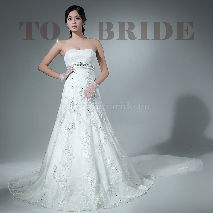 新娘婚纱礼服租赁,定制服务