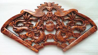 中式花格定做,主要有花卉,飞禽,走兽,木雕实用工艺品.