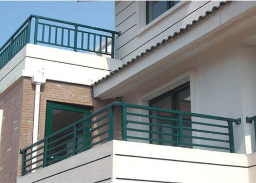 阳台护栏栏杆 咸宁和盛金属 锌钢阳台护栏报价