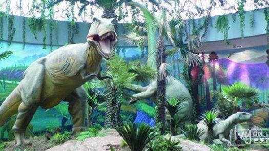 大型恐龙主题公园,位于秦岭山脉东段、伏牛山南麓的河南省西峡县丹水镇三里庙村。 西峡恐龙遗迹园主要由地质科普广场、恐龙蛋化石博物馆、恐龙蛋遗址和仿真恐龙园四部分组成。特别是西峡巨型长形蛋和戈壁棱柱形蛋,世界稀有罕见,是西峡蛋化石的标志。 西峡出土的恐龙蛋化石,数量之大、种类之多、分布之广、保存之好,堪称世界之最。最近大量的鸭嘴龙、禽龙、原角龙、肉食龙等恐龙骨骼的发现,又为西峡蛋化石增加新的内容,被誉为继秦始皇陵兵马俑之后的世界第九大奇迹。西峡恐龙遗址,属于白垩纪断陷盆地沉积。恐龙蛋遗址的蛋化石层是西