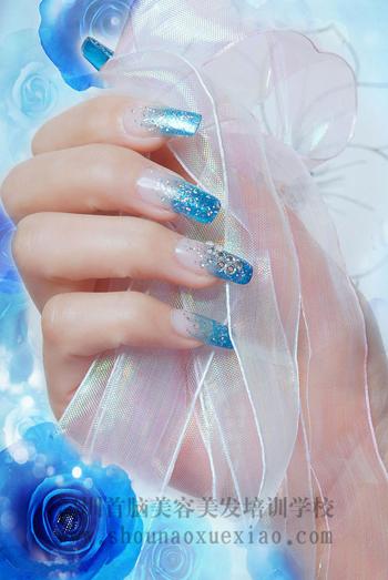 手绘动漫线条指甲