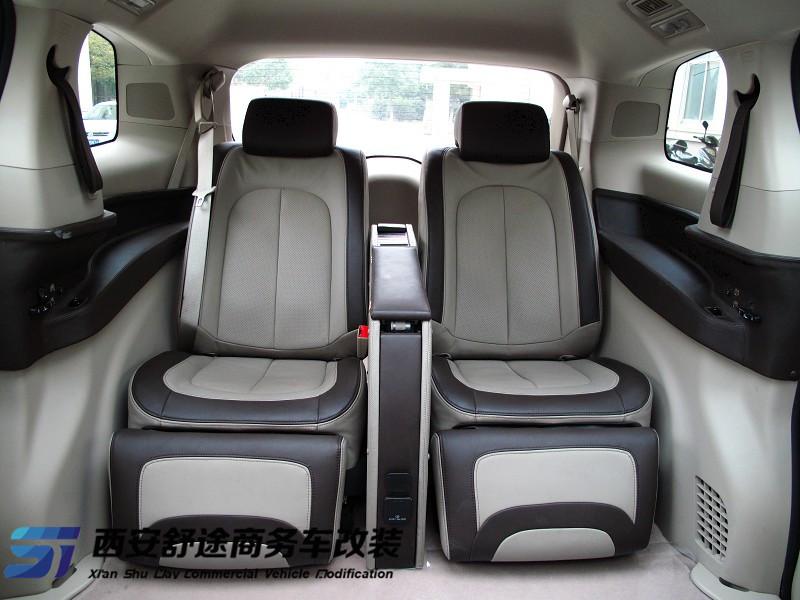 西安别克GL8改装,真皮座椅改装高清图片