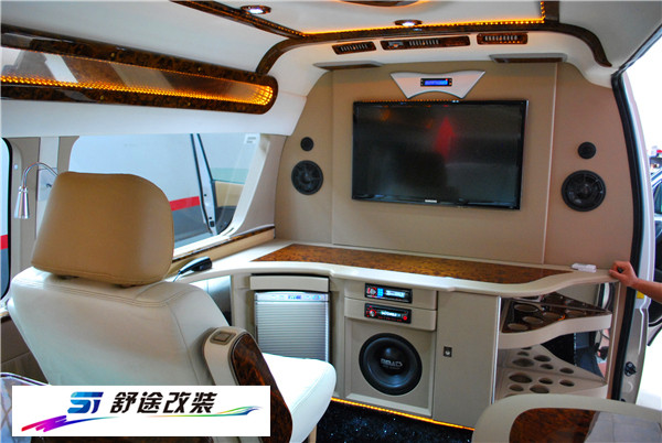 西安大众商务车改装 汽车沙发设计 吧台设计 茶海安装